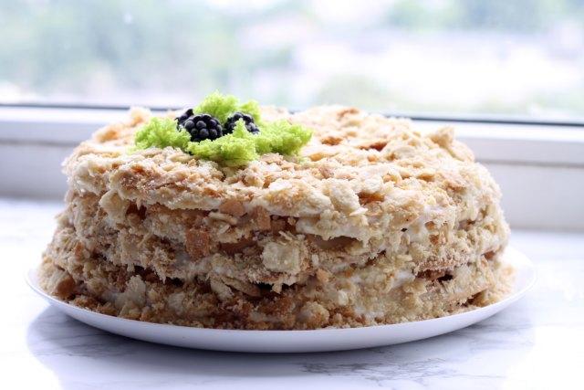 Наполеон, торт, рецепт торта, рецепт Наполеона, заварной крем, крем дипломат, как приготовить торт, как приготовить наполеон